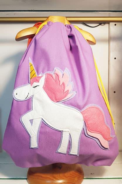 camiseta infantil Unicornio para niña