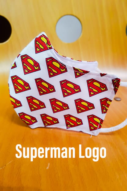 Mascarilla de tela Superman Logo