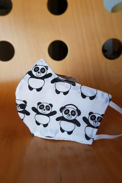 mascarilla infantil Pandas blanco y negro