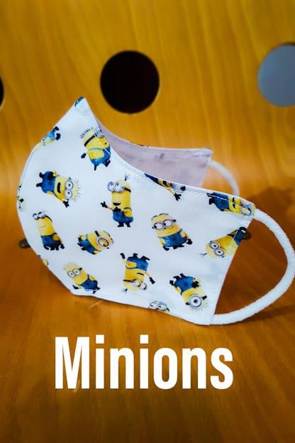 mascarilla de tela homologada Minions