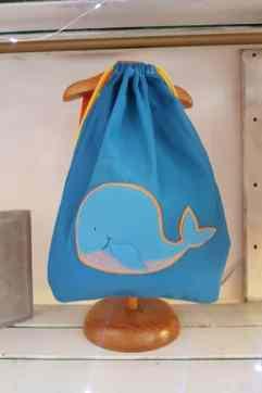 mochila infantil Ballena azul