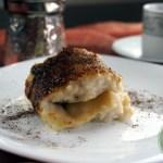 Kazandibi – gerollter Pudding mit Karamellkruste