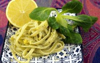 Feldsalat-Pesto mit Linguine