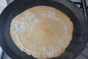 Indische Dosa - glutenfreie Reis-Linsen-Pfannenfladen