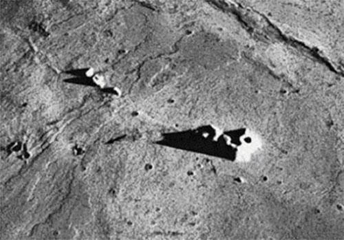 Construcciones En La Luna Y Otros Misterios Tierradelazaro