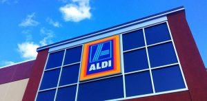 Cuál es el supermercado que paga más sus empleados?
