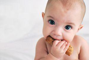 Método Baby Lead Weaning: olvide la comida del bebé y déjelo comer solo