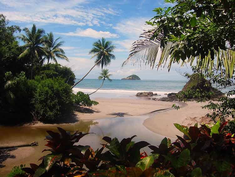 Costa Rica prohibirá el uso de combustibles fósiles