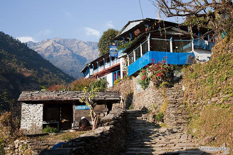 Trekking Poon Hill (I): Nayapul - Tikhedhunga