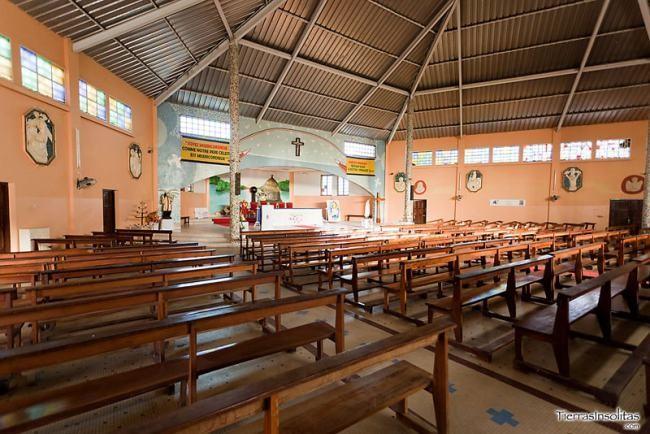iglesia católica isla de las conchas