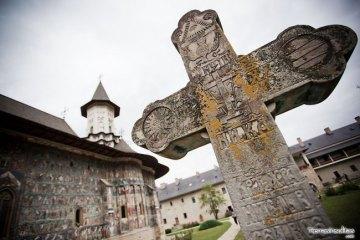 monasterio-sucevita-02