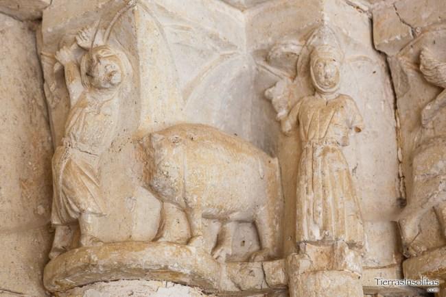 capitel iglesia de san pedro
