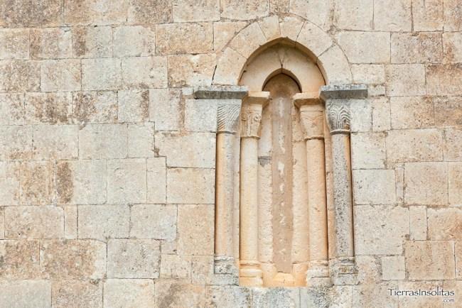 ventanal ermita nuestra señora de granado