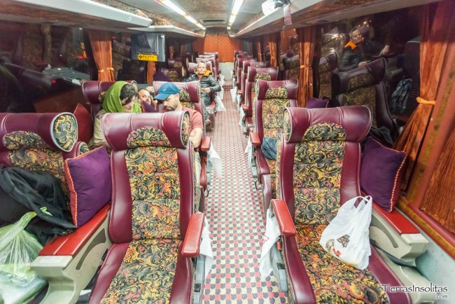 autobús shiraz-kermán