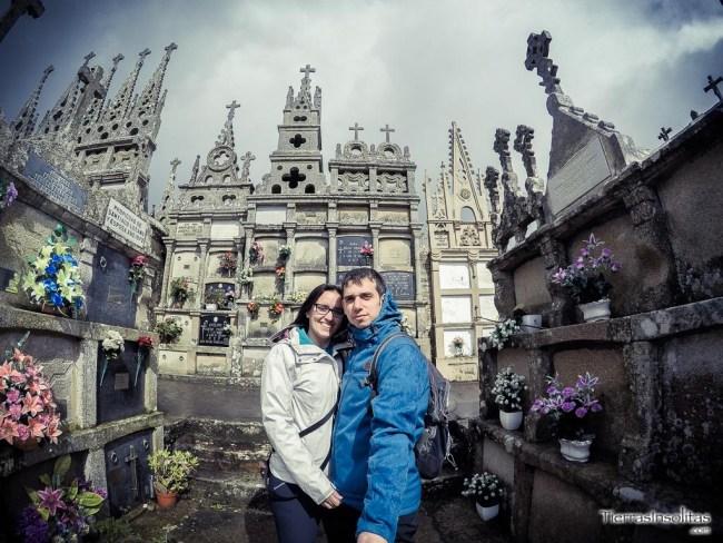 interior cementerio gótico rioaveso