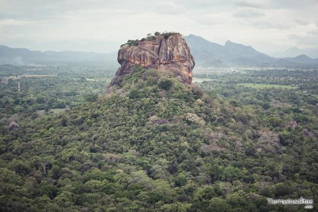roca del león desde pidurangala