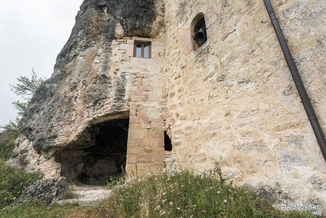 cueva inferior virgen de la peña