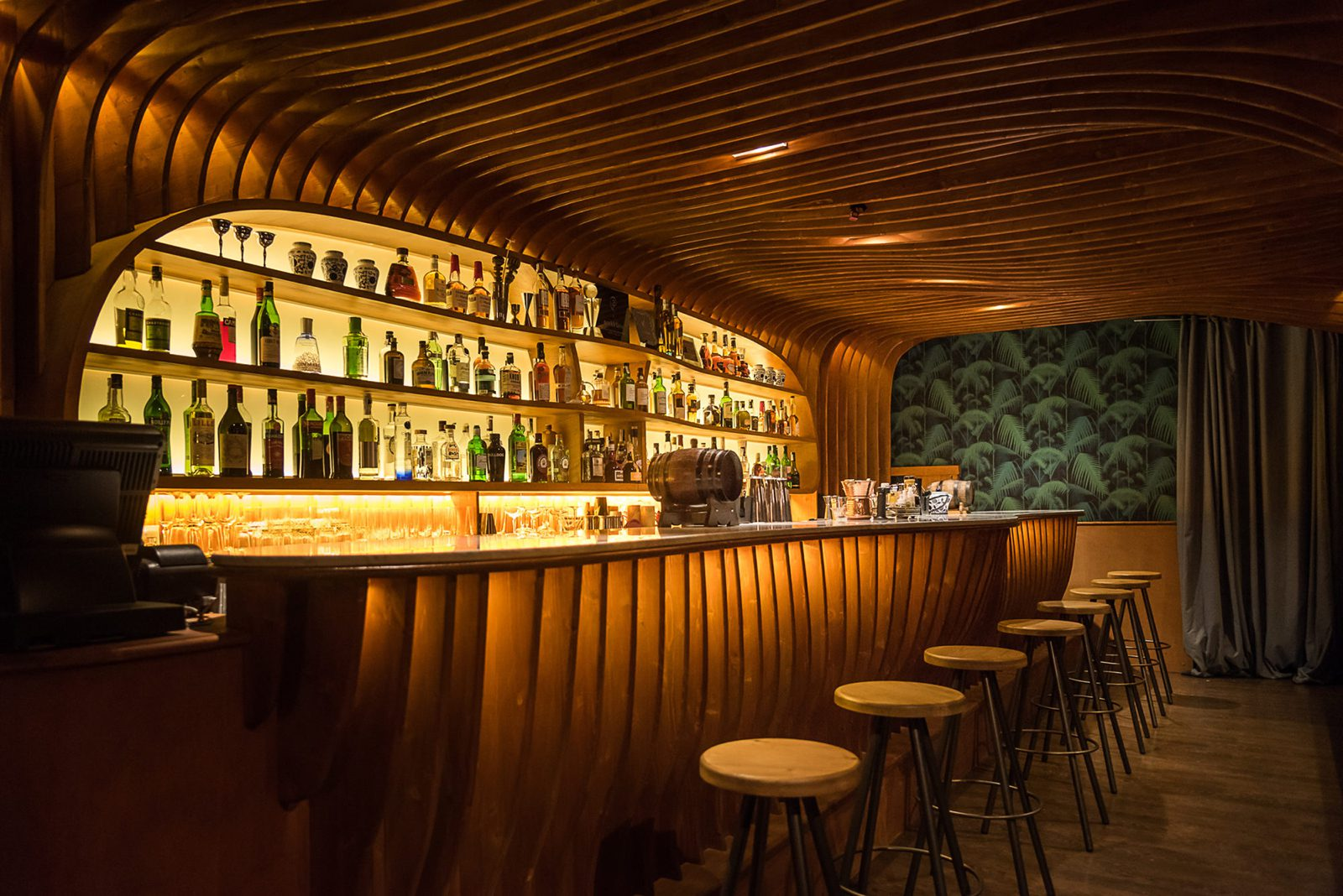 How to Set Up The Ultimate Home Bar  The GentleManual