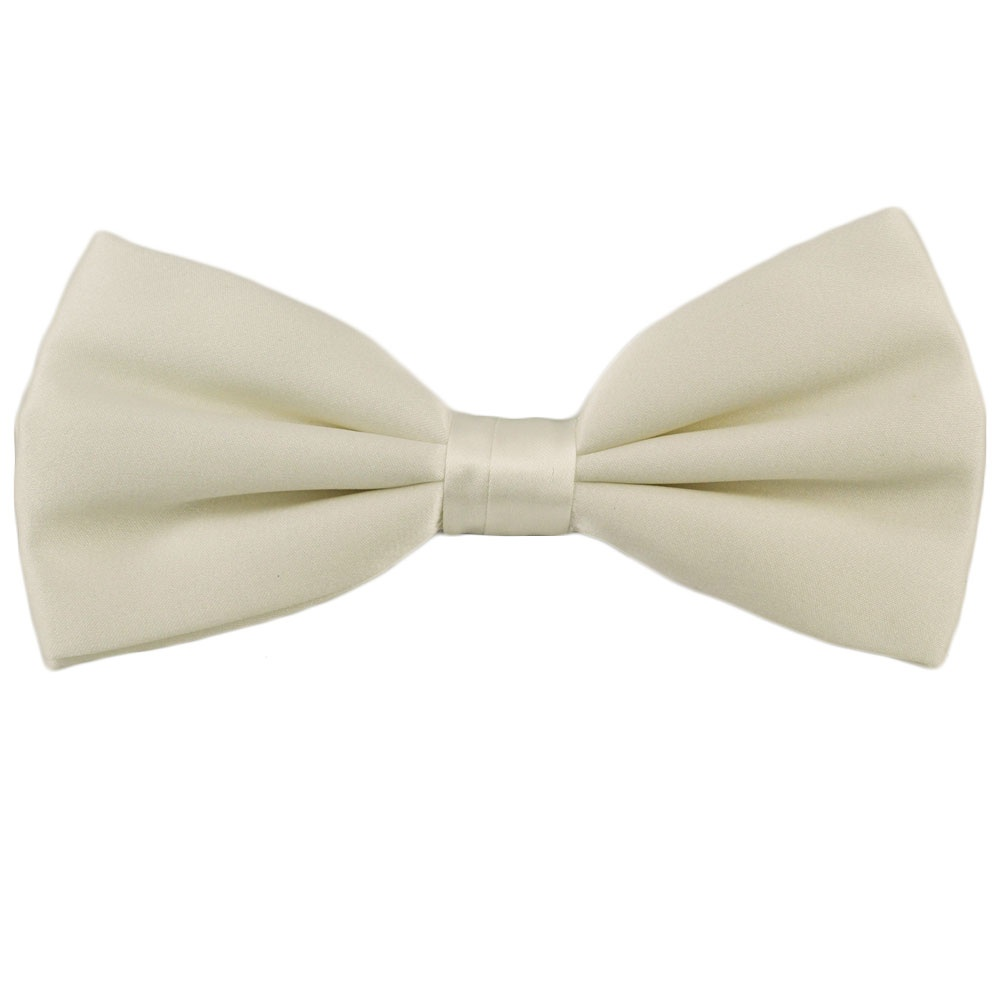 Plain White Silk Bow Tie from Ties Planet UK