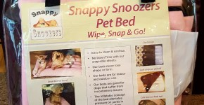 Snappy Snoozers Pet Bed