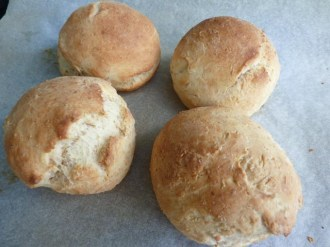 Small baked bread rolls