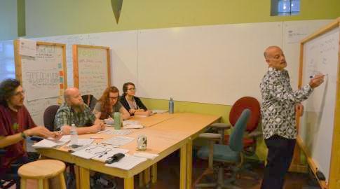 Tom_teaches_workshop-Fortino
