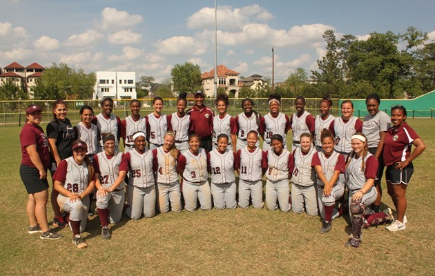 Lady Tigers sweep Southern to close out regular season league play