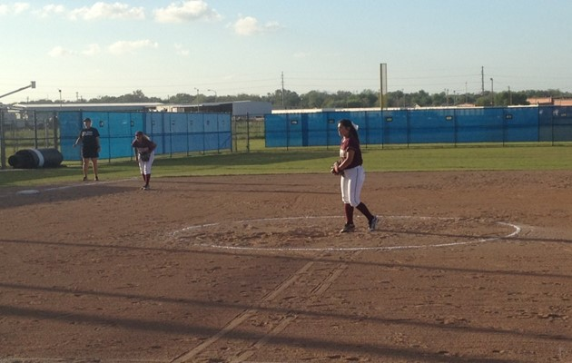 Lady Tigers split doubleheader with Houston–Victoria