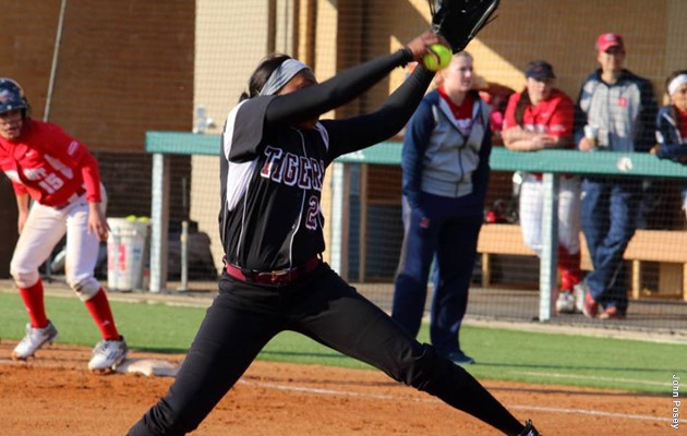 Lady Tigers turn away Alabama State 5-2