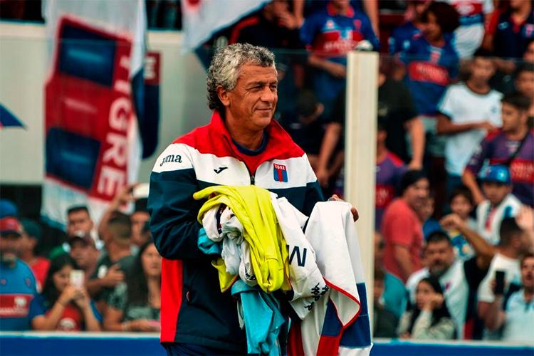 Gorosito dejó de ser el entrenador del Matador
