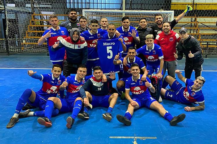 Triunfo en el debut del Futsal