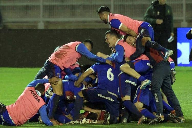 Tigre venció a Defensa por penales