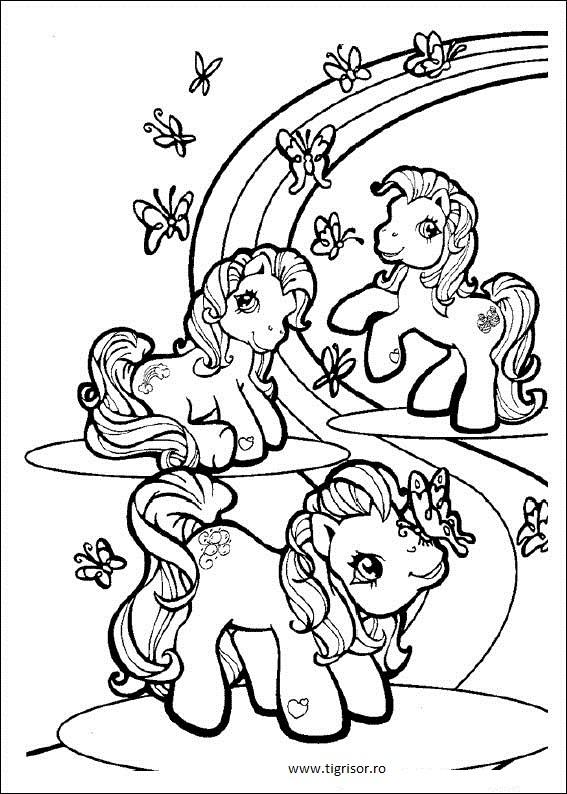 Plansa de colorat cu My Little Poney si Fluturasi langa curcubeu