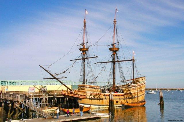 mayflower II in Plymouth massachusetts