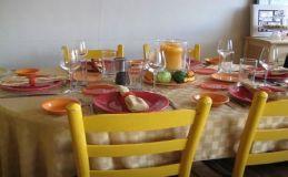 Aan tafel
