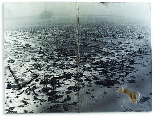 Anselm Kiefers kunstboek Schwarze Flocken - Für Paul Celan (2005). Foto: Charles Duprat.