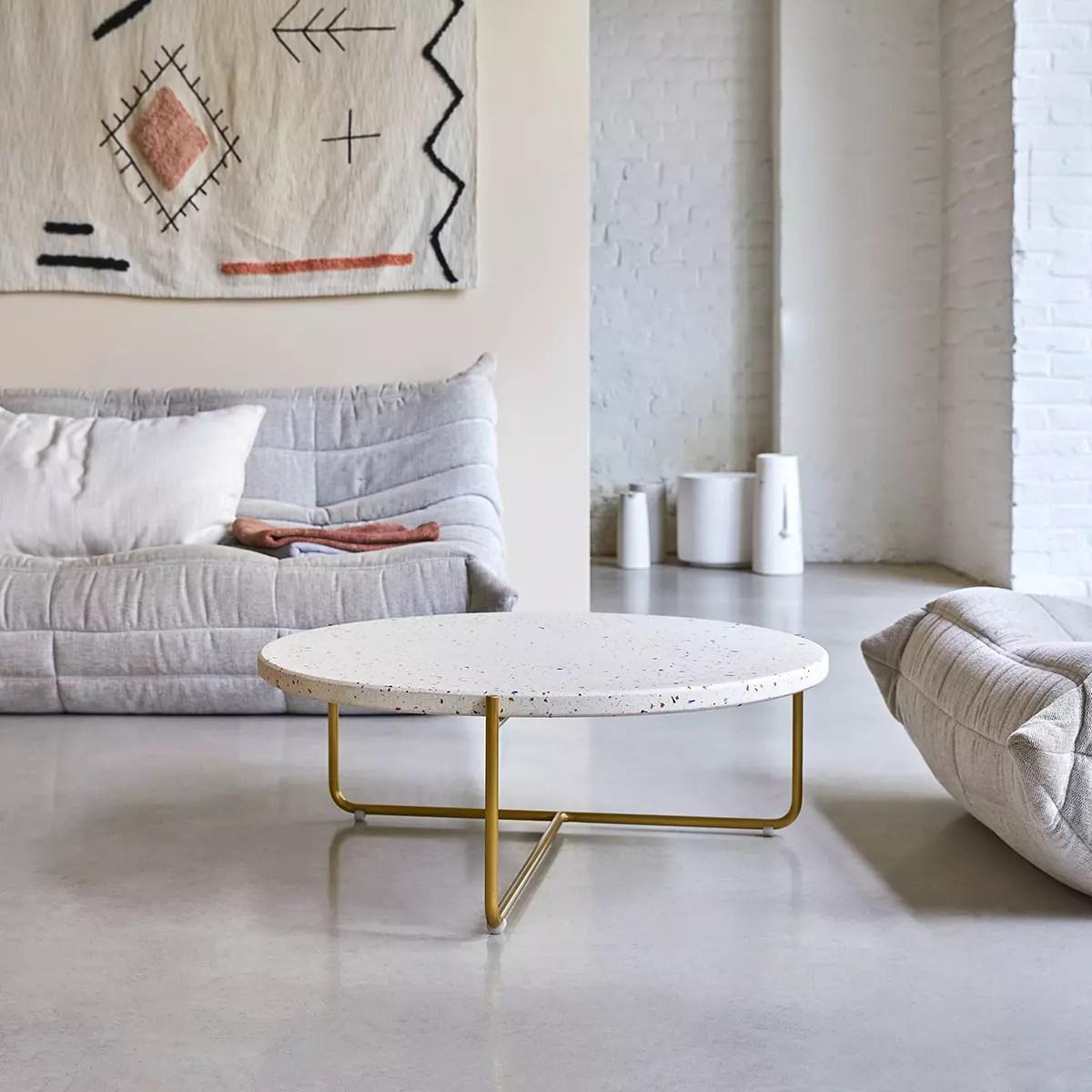 table basse en metal et terrazzo 80 anatole confetti