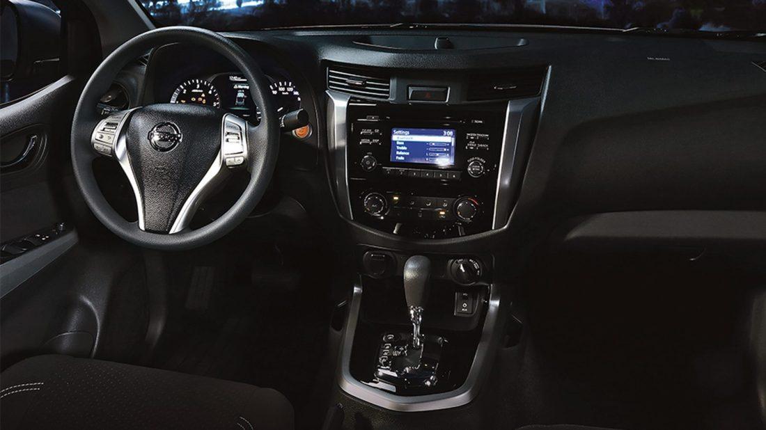 Nissan Navara Interior Front