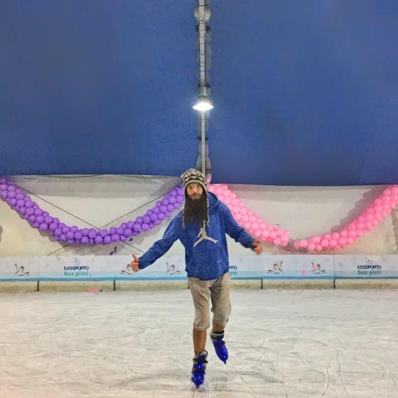 ice skating in istanbul