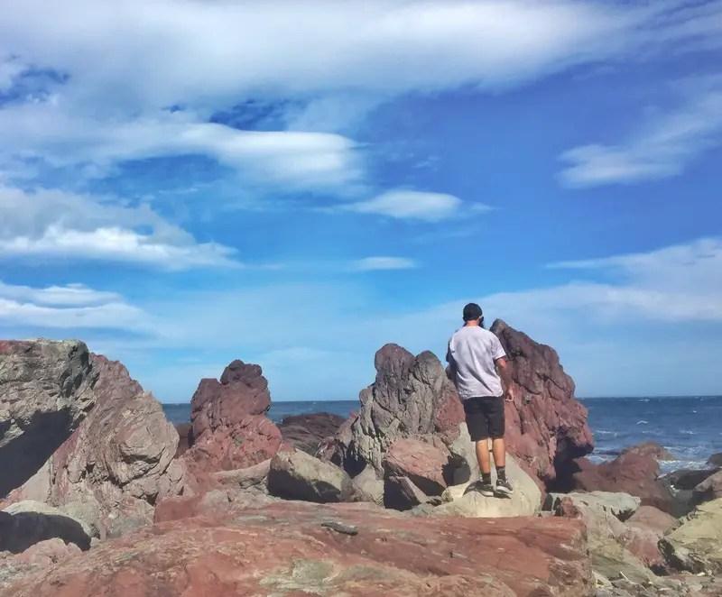 hopping red rocks