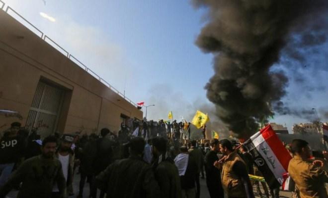 Demo Rakyat Irak Di Depan Kedubes Amerika