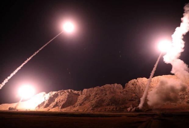 TIKTAK.ID - IRGC Menghujani Pangkalan Udara AS di Irak dengan Rudal Sebagai Balasan Atas Pembunuhan Jenderal Soleimani