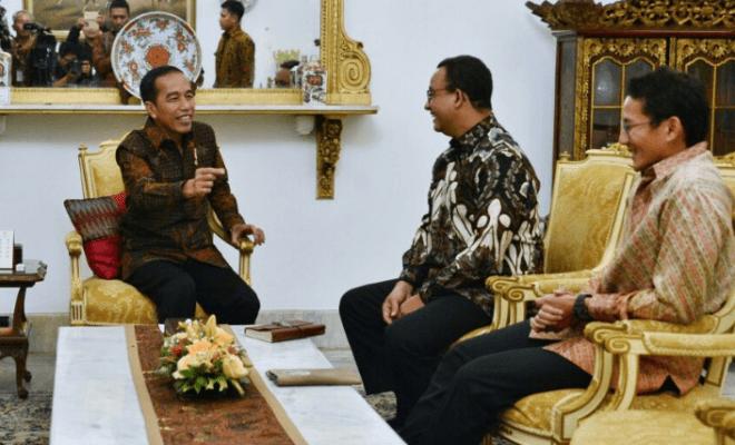 TIKTAK.ID - Namanya Disentil Jokowi, Pengamat Isyaratkan 'Kuda Hitam' Pilpres 2024 Sandiaga Uno, Bukan Anies Baswedan