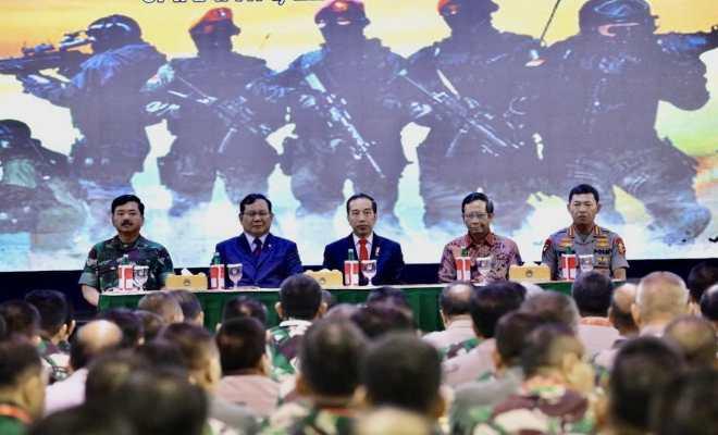 Prabowo Puji Kehadiran Jokowi di Rapim Kemhan: Bangkitkan Semangat Moril dan Percaya Diri