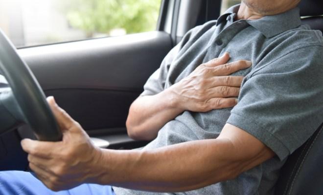 Gejala Khas dan Pertolongan Pertama pada Penderita Serangan Jantung