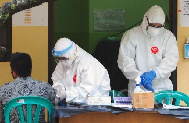 Ikatan Dokter Indonesia Ancam Mogok Urusi Pasien Corona, Kenapa?