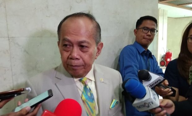Anggota DPR Positif Corona Meninggal Dunia, MPR Minta Jokowi Segera Lockdown Jakarta