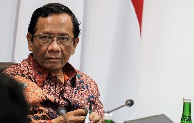 Mahfud MD: Gelar Tarawih Bersama Tak Langgar Hukum tapi Bisa Dijatuhi Pidana, Kok Bisa?