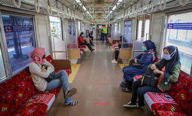 Viral Kisah Penumpang Tertidur di KRL tapi Tak Terlewat Stasiun Tujuan, Ternyata ini Rahasianya