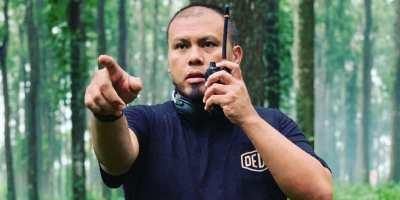 Lelaku Tak Lazim Sutradara Kondang Joko Anwar: Koleksi Foto Makam dan Tulis Skenario Film di Kuburan